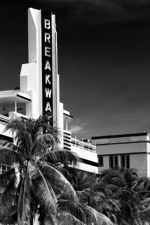 philippe-hugonnard-art-deco-architecture-of-miami-beach-the-esplendor-hotel-breakwater-south-beach-ocean-drive