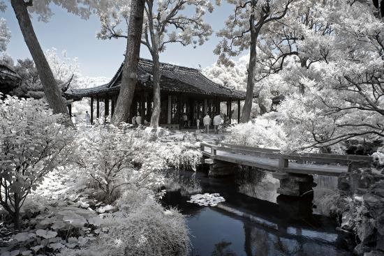 philippe-hugonnard-china-10mkm2-collection-another-look-temple-lake