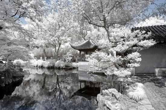 philippe-hugonnard-china-10mkm2-collection-another-look-white-pavilion