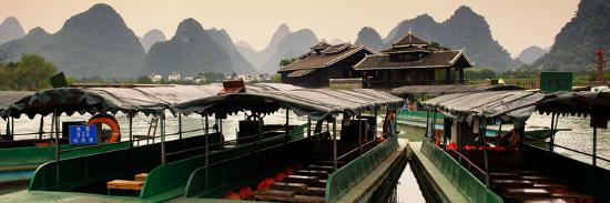 philippe-hugonnard-china-10mkm2-collection-chinese-boats-with-karst-mountains-at-sunset