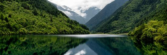 philippe-hugonnard-china-10mkm2-collection-rhinoceros-lake-jiuzhaigou-national-park