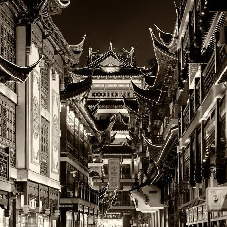 philippe-hugonnard-china-10mkm2-collection-traditional-architecture-in-yuyuan-garden-at-night-shanghai