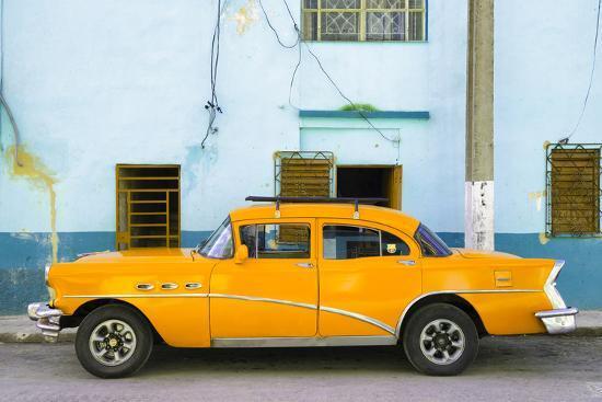 philippe-hugonnard-cuba-fuerte-collection-havana-classic-american-orange-car
