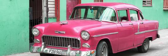 philippe-hugonnard-cuba-fuerte-collection-panoramic-beautiful-classic-american-pink-car