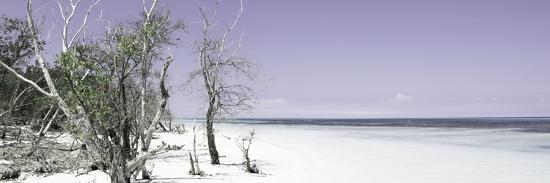philippe-hugonnard-cuba-fuerte-collection-panoramic-sandy-beach-pastel-mauve