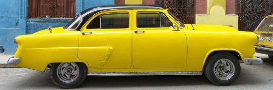 philippe-hugonnard-cuba-fuerte-collection-panoramic-yellow-taxi-of-havana