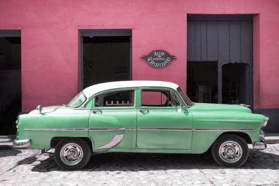 philippe-hugonnard-cuba-fuerte-collection-retro-green-car