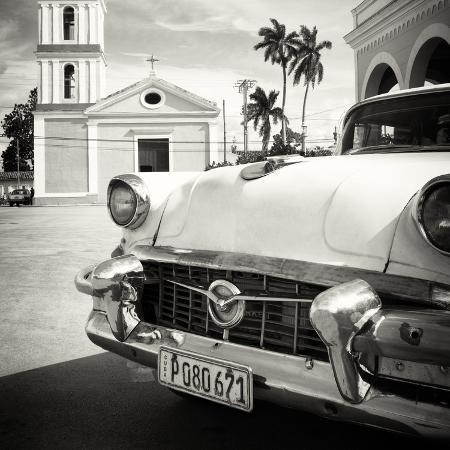 philippe-hugonnard-cuba-fuerte-collection-sq-bw-classic-car-in-santa-clara