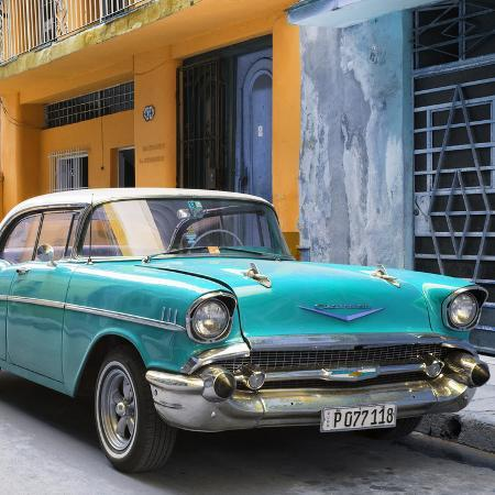 philippe-hugonnard-cuba-fuerte-collection-sq-turquoise-chevrolet-cuban