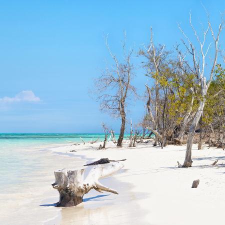 philippe-hugonnard-cuba-fuerte-collection-sq-white-sand-beach