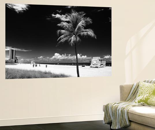 philippe-hugonnard-miami-beach-with-life-guard-station-florida-usa
