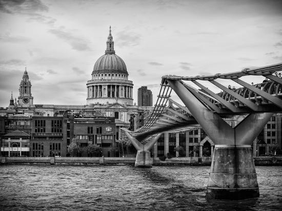 philippe-hugonnard-millennium-bridge-and-st-paul-s-cathedral-city-of-london-uk-england-united-kingdom