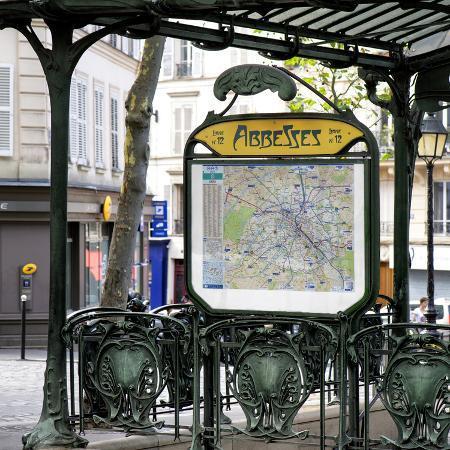 philippe-hugonnard-paris-focus-metro-abbesses