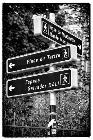 philippe-hugonnard-paris-focus-montmartre-directional-signs
