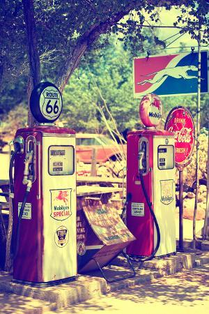 philippe-hugonnard-route-66-gas-station-arizona-united-states
