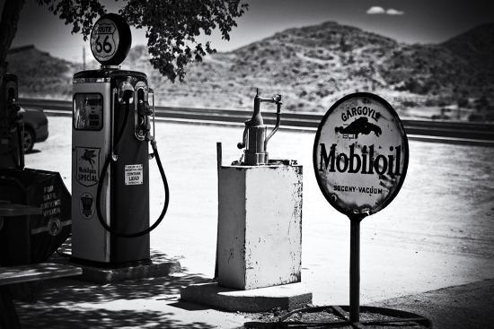 philippe-hugonnard-route-66-gas-station-arizona-united-states