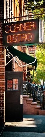 philippe-hugonnard-urban-scene-corner-bistro-meatpacking-and-west-village-manhattan-new-york