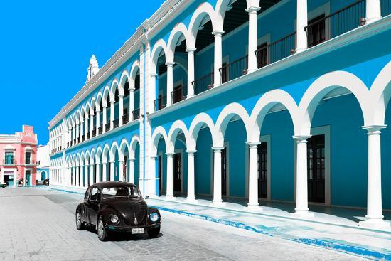 philippe-hugonnard-viva-mexico-collection-black-vw-beetle-and-blue-architecture-in-campeche