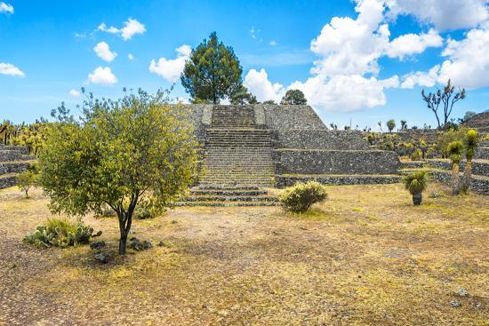 philippe-hugonnard-viva-mexico-collection-pyramid-of-cantona-ii-puebla