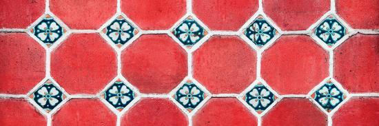 philippe-hugonnard-viva-mexico-panoramic-collection-wall-of-red-mosaics