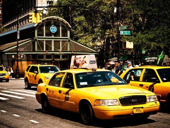 philippe-hugonnard-yellow-cabs-72nd-street-irt-broadway-subway-station-upper-west-side-of-manhattan-new-york