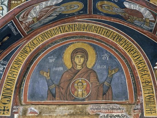 phorbiotissa-panagia-our-lady-of-christ-in-medallion-fresco