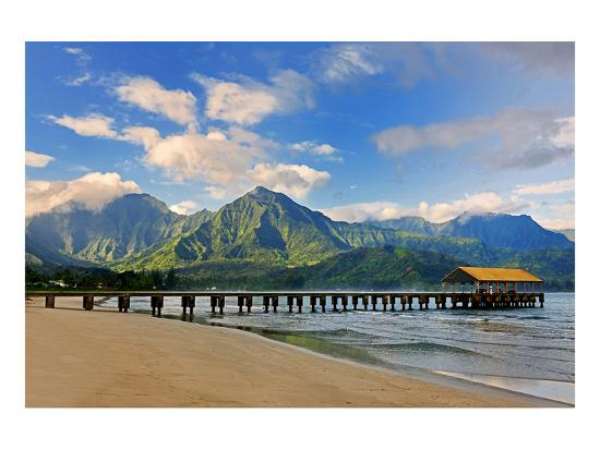 pier-on-hanalei-beach-island-of-kauai-hawaii-usa