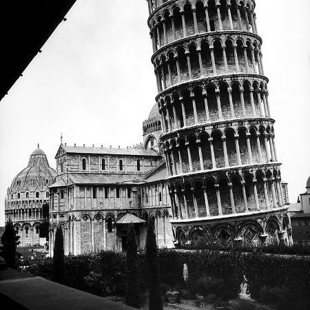 pietro-ronchetti-the-tower-one-arm-of-the-transept-of-the-cathedral-and-the-baptistry-of-pisa