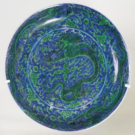 plate-decorated-with-dragons