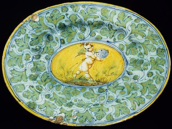 plate-decorated-with-leaves-and-cupid-in-medallion