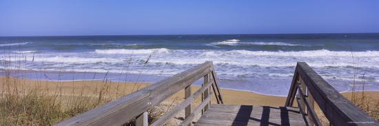 playlinda-beach-canaveral-national-seashore-titusville-florida-usa