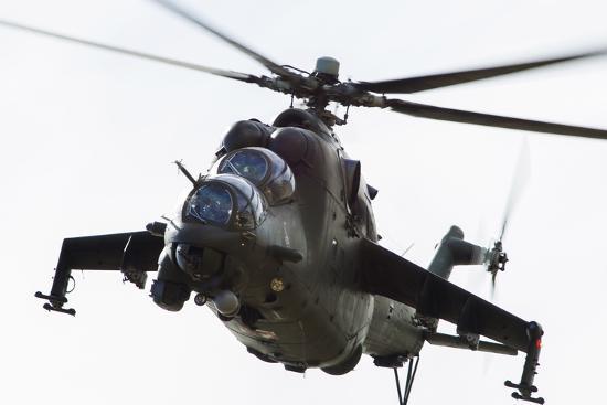 polish-army-mil-mi-24v-hind-in-flight