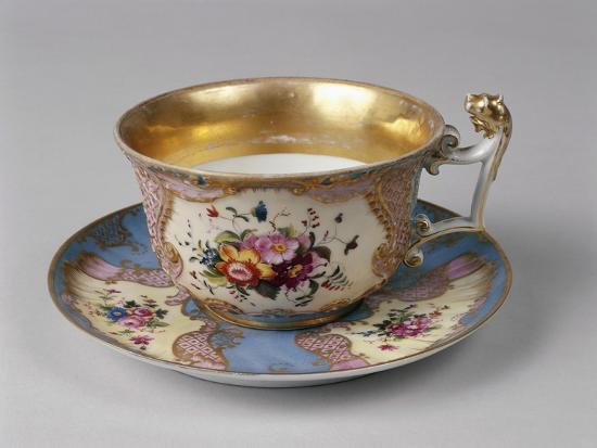porcelain-cup-with-decorations-close-up