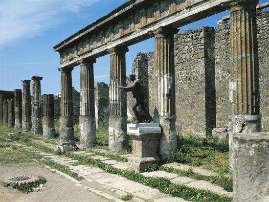 porch-of-temple-of-apollo-with-copy-of-bronze-of-apollo