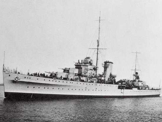 portrait-of-large-ship-ajax-offshore