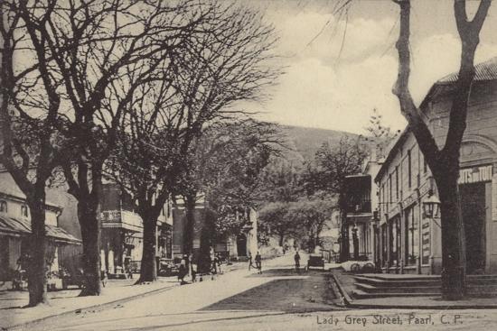 postcard-depicting-lady-gray-street-in-paarl