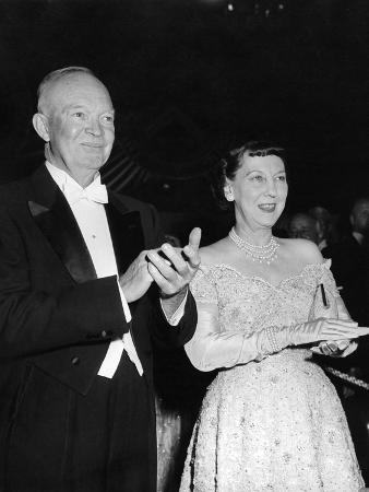 president-eisenhower-and-first-lady-mamie-at-an-inaugural-ball
