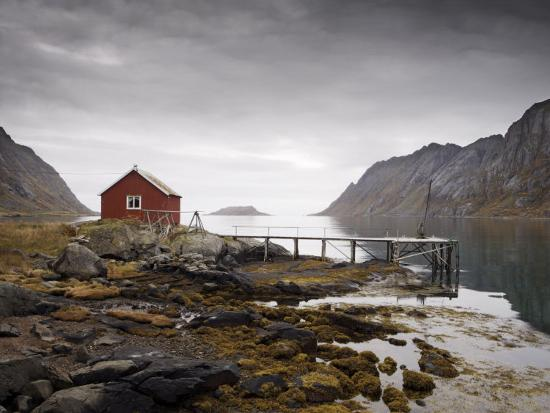 purcell-holmes-rorbu-and-jetty-on-fjord-lofoten-islands-norway-scandinavia-europe
