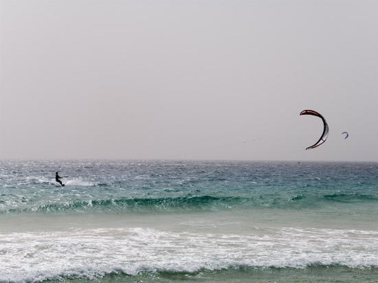 r-h-productions-kite-surfing-at-santa-maria-on-the-island-of-sal-salt-cape-verde-islands-africa
