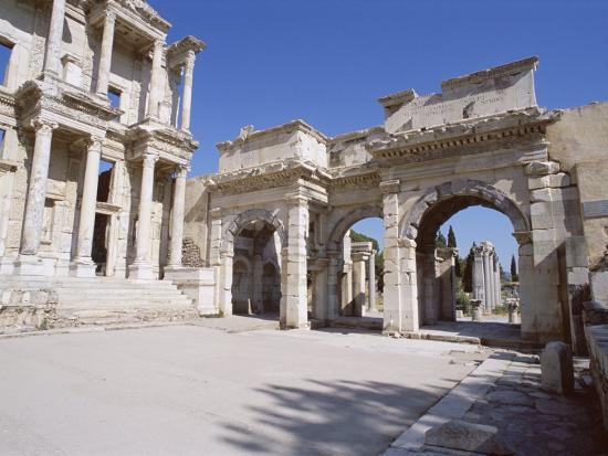 r-h-productions-reconstructed-library-of-celsus-archaeological-site-ephesus-anatolia-turkey