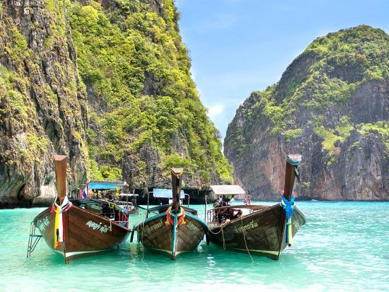 r-m-nunes-longtail-boats-in-maya-bay-ko-phi-phi-thailand