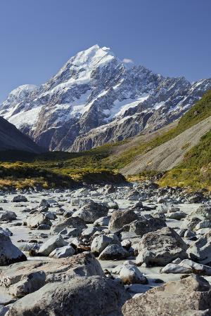 rainer-mirau-aoraki-hooker-river-mount-cook-national-park-canterbury-south-island-new-zealand