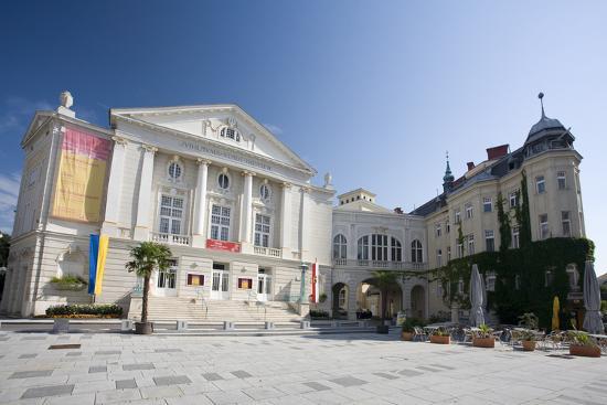 rainer-mirau-austria-lower-austria-bathing-city-theater-theater-place