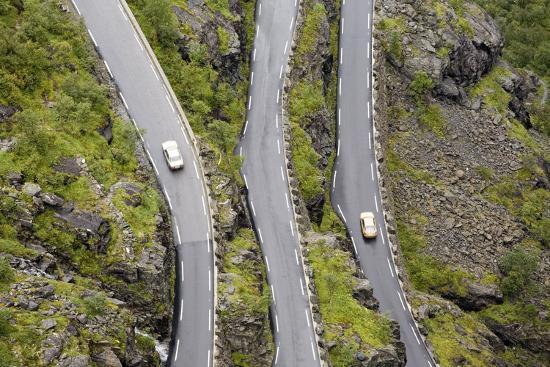 rainer-mirau-scandinavia-norway-troll-steep-track-mountain-passport-serpentine-streets-course