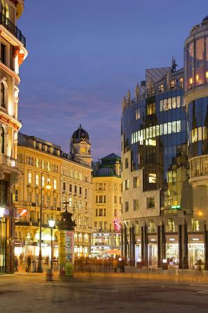 rainer-mirau-st-stephen-s-square-haashaus-ditch-1st-district-innere-stadt-vienna-austria