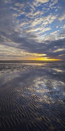 rainer-mirau-sunrise-in-the-mudflat-close-to-list-municipality-sylt-island-schleswig-holstein-germany