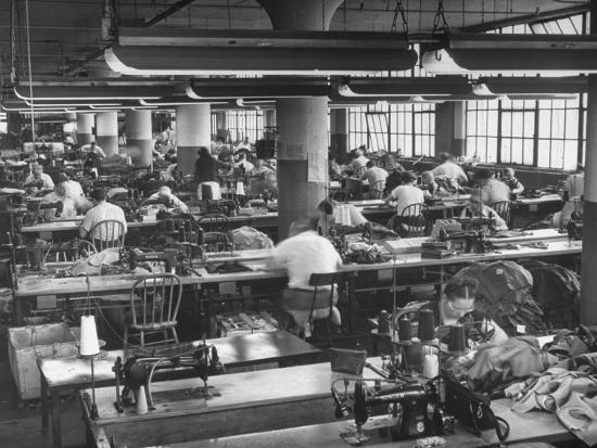 ralph-morse-men-and-women-working-in-clothing-factory