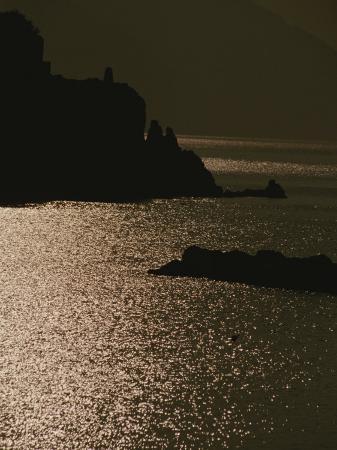 raul-touzon-the-cinque-terre-coast-at-sunset
