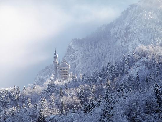 ray-juno-neuschwanstein-castle