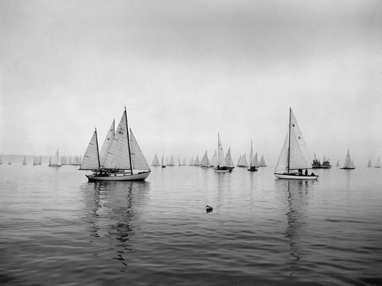 ray-krantz-sailboats-waiting-to-race